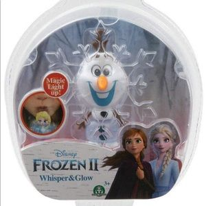 Disney Frozen 2 Olaf Glows in 6 Different Colors